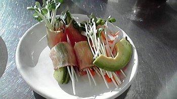 20101125 炙り生ハムの野菜ロール.jpg