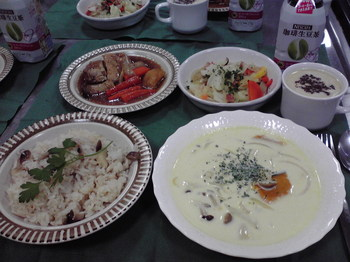 20111129 コープさっぽろ×ネスレ クリスマス食育料理教室.jpg
