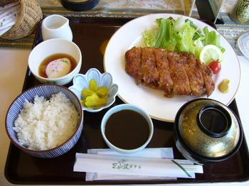 20100930赤井川ハーブポークカツ定食.JPG
